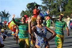 Carnival đường phố khuấy động Lễ hội Du lịch biển Sầm Sơn 2020