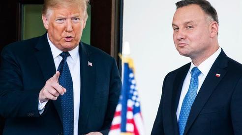 Châu Âu 'nín thở' chờ bầu cử Ba Lan