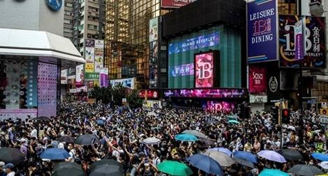 Mỹ - Trung leo thang căng thẳng vì Luật An ninh Hong Kong