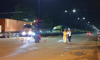 Truy tìm tài xế tông 2 người tử vong rồi lái xe bỏ chạy