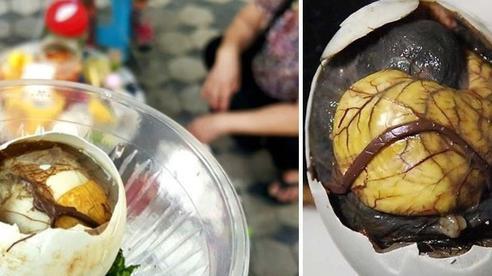 Món 'trứng vịt trước khi nở' của Việt Nam khiến nhiều người Hàn đi từ 'chết khiếp' đến 'chết mê'