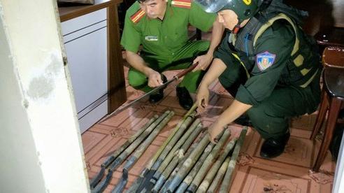 Bắt tạm giam 12 đối tượng trong vụ hỗn chiến gây náo loạn phố núi