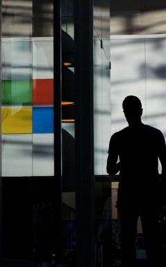 Đến lượt Microsoft cũng nghỉ chơi với quảng cáo trên Facebook, Instagram
