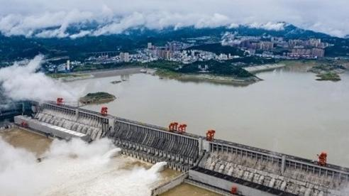 Trung Quốc thừa nhận đập Tam Hiệp lần đầu tiên xả lũ trong năm