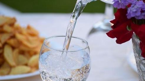 Không uống nước suốt một năm, người phụ nữ tuyên bố mình khỏe hơn rất nhiều