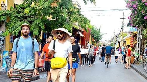 Tháng 6: Khách quốc tế đến Việt Nam đạt 8,8 nghìn lượt người, thấp nhất trong nhiều năm