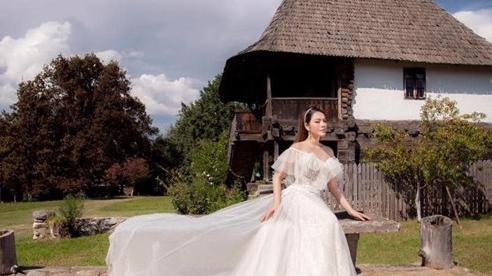 Lý Nhã Kỳ hóa thân thành nàng dâu cô đơn đẹp nao lòng cả thiên hạ