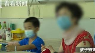 Thấy con đi tập tễnh, dễ vấp ngã, tay phải yếu dần, bố mẹ vội đưa con đến bệnh viện khám thì nhận được kết quả rụng rời