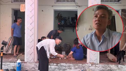 Vụ người thân mang di ảnh nữ nạn nhân tử vong vì TNGT ra giữa đường ngồi: Nặng trĩu tâm tư người chồng