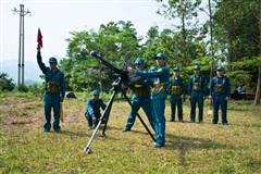 Chiến sĩ tự vệ tích cực luyện rèn không ngại nắng mưa