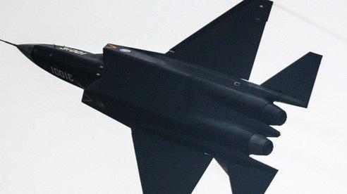 Tiêm kích tối tân nội địa Trung Quốc sắp 'chuyển mình' trên hàng không mẫu hạm