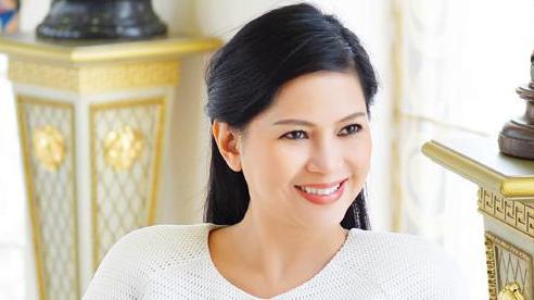 Vợ ông Johnathan Hạnh Nguyễn rời công ty kinh doanh hàng hiệu, dịch vụ sân bay