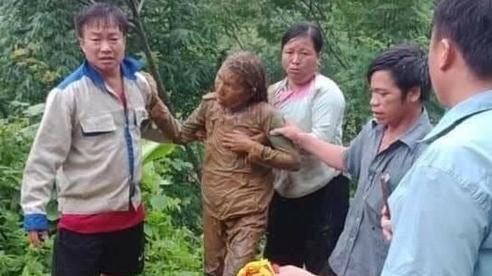 Lai Châu: Kịp thời cứu người phụ nữ đi đường bị đất sạt lở vùi lấp