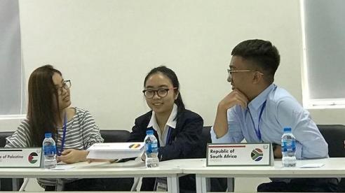 Hội nghị mô phỏng Liên hợp quốc, nơi học sinh tự do bày tỏ chính kiến