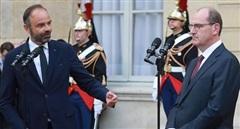 Điều gì đứng sau cuộc chuyển giao quyền lực 24 giờ tại Pháp?