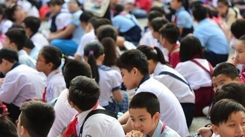 Tăng thêm 54.600 học sinh, TP.HCM tuyển gấp hàng ngàn giáo viên mới