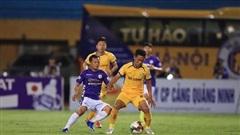 'Toang' cả đội hình, CLB Hà Nội đá ra sao trước Viettel?