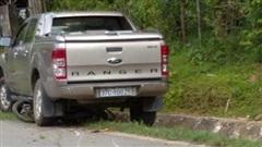 Xe bán tải của Trưởng phòng TN-MT tông xe máy, 1 phụ nữ tử vong tại chỗ