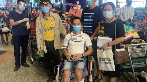Sân bay Cần Thơ đón 310 người Việt tại Malaysia về nước