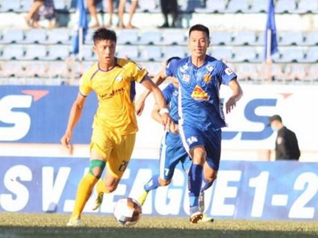 V.League 2020: Quảng Nam giành chiến thắng sau khi 'thay tướng'