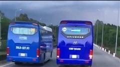 Bức xúc cảnh đoàn xe công ty Doosan Vina cản đường xe chữa cháy