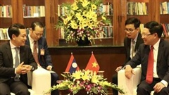 Phó Thủ tướng Phạm Bình Minh gặp song phương Bộ trưởng Ngoại giao Lào
