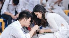 Trai Chu Văn An 10 điểm ga-lăng: Thấy bạn nữ hỏng giày sửa giúp chứ tụi mình hông có yêu đương gì nha