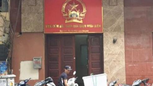 VKSND Tối cao điều tra vụ Phó Viện trưởng VKSND quận Hoàn Kiếm bị tố 'moi tiền' của bị cáo