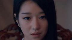 'Khùng nữ' Seo Ye Ji rất chăm ăn diện nhưng mãi chưng 'nội y phụ tùng' kém duyên ở Điên Thì Có Sao