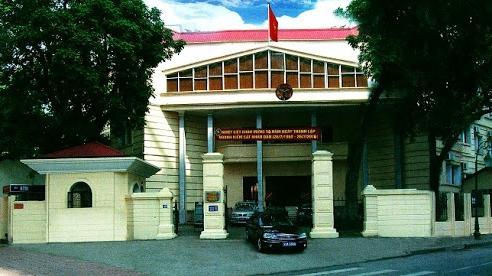 Thông tin mới nhất vụ Viện phó VKSND quận Hoàn Kiếm bị nghi 'vòi tiền' đương sự