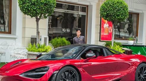 McLaren 720S Spider màu đỏ độc nhất Việt Nam đến nay mới ra biển số: Dãy số 'gánh' và 'lộc phát' gây chú ý