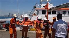Kịp thời cấp cứu thuyền viên bị đau nặng trên biển