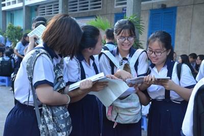 Học sinh cuối cấp tăng tốc luyện thi vào lớp 10