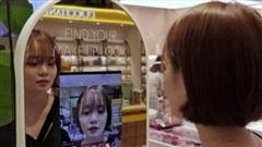 Độc đáo, thử mỹ phẩm bằng gương thực tế ảo tại Hàn Quốc