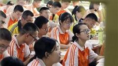 10.7 triệu học sinh Trung Quốc đối mặt thời điểm khó khăn nhất của kỳ thi đại học