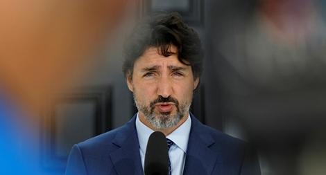 Kẻ đâm xuyên cổng nhà Thủ tướng Canada bị đưa ra xét xử