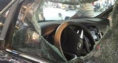 Truy bắt kẻ đập kính ô tô trộm 900 triệu đồng