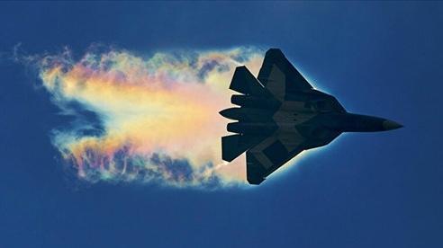 Chiến đấu cơ Su-57 mới của Nga 'lên đồ' với hàng loạt vũ khí siêu hiện đại đến mức nào?