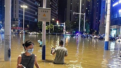Thủ tướng Nguyễn Xuân Phúc điện thăm hỏi Trung Quốc về tình hình mưa lớn và lũ lụt