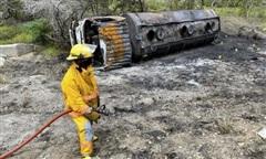 Xe bồn phát nổ, ít nhất 53 người 'hôi xăng' thương vong