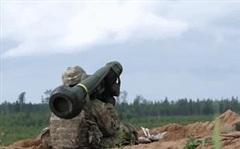 Lính Ukraine được phép sử dụng tên lửa Javelin Mỹ bắn hạ bất cứ xe tăng nào của Nga