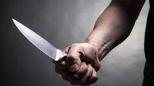 Dùng dao đâm người, nhóm thanh niên mới lớn lĩnh án 25 năm tù