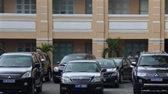 Phó Bí thư Tỉnh ủy được đi xe bao nhiêu tiền?