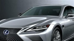 Lexus LS tung phiên bản mới, chạy trước Mercedes-Benz S-Class chưa kịp lên đời
