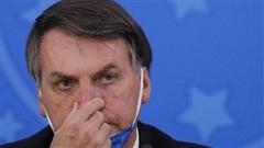 Tổng thống Brazil Bolsonaro bị kiện vì bỏ khẩu trang dù nhiễm Covid-19