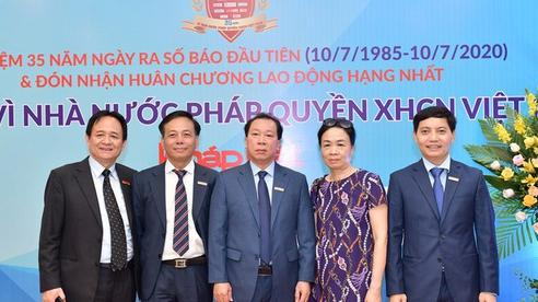 Báo Pháp luật Việt Nam đón Huân chương Lao động hạng Nhất nhân dịp kỷ niệm 35 năm ngày ra số đầu tiên