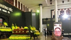 Hình ảnh xúc động đám tang NSƯT Hoàng Yến 'Của để dành'