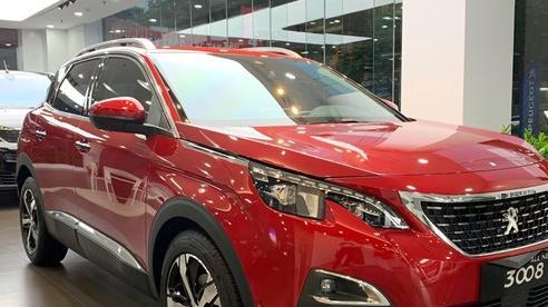 Peugeot 3008 và 5008 giảm giá kỷ lục, còn từ dưới 1 tỷ đồng, cạnh tranh xe Nhật, Hàn