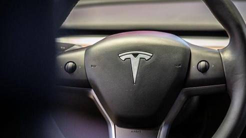 Elon Musk: Tesla đang tiến rất gần đến việc phát triển thành công xe tự lái hoàn toàn