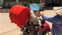 Đặt mua 'ghế tình yêu' trên mạng, anh chàng xấu hổ nhờ shipper bọc kín, nhưng hôm sau vẫn bị trẻ con hàng xóm xin sang chơi 'cầu trượt' vì một lý do